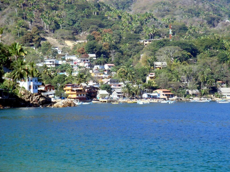 Yelapa village between the jungle and the ocean